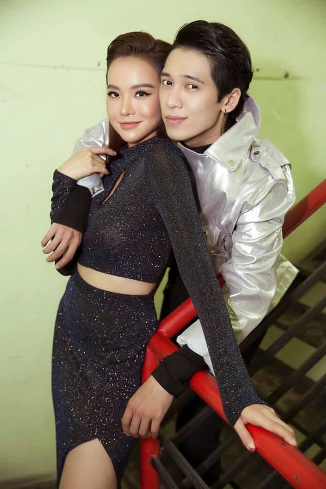 Tronie Ngô liên tục thả thính bạn gái trên sóng truyền hình - ảnh 2