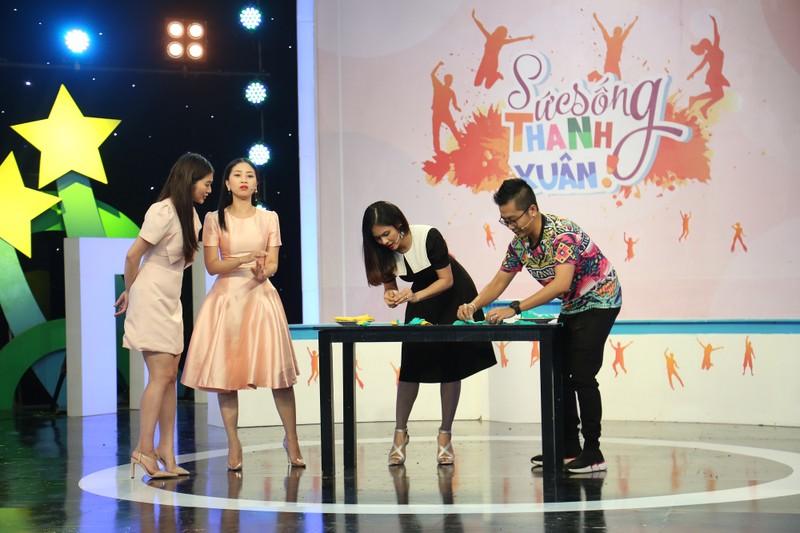 Vân Trang và Thanh Trúc tranh luận về đánh đổi bản thân  - ảnh 2