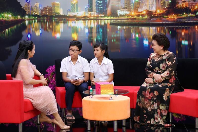 Ốc Thanh Vân xót xa vì hai bé 14 tuổi không có giấy khai sinh - ảnh 3