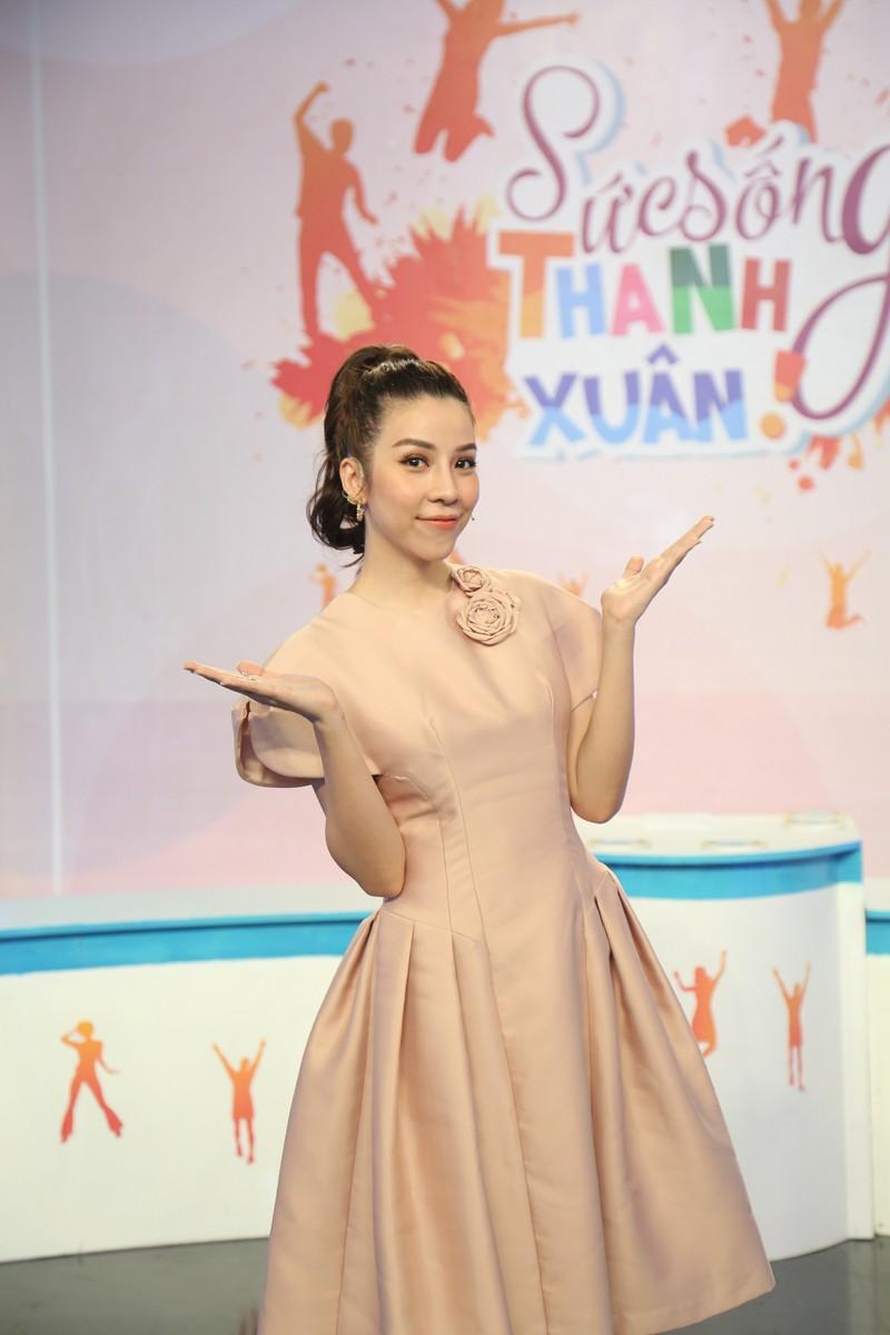 Vân Trang chia sẻ ông xã là người khó gần trên truyền hình - ảnh 1