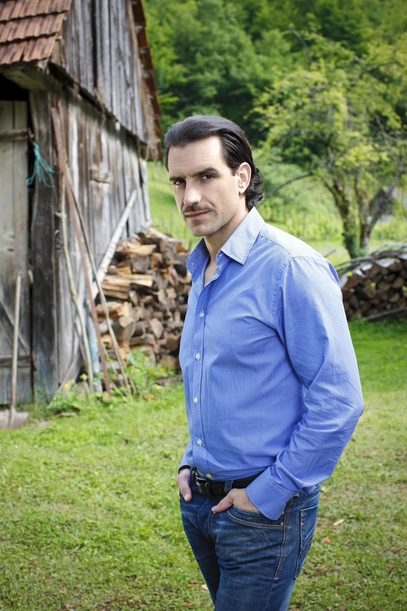 Siêu phẩm 'Người thừa kế' chính thức lên sóng truyền hình Việt - ảnh 1