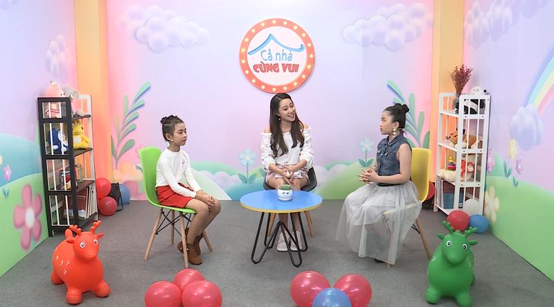MC Kim Thảo mất kiên nhẫn vì giải thích quá nhiều câu hỏi  - ảnh 1