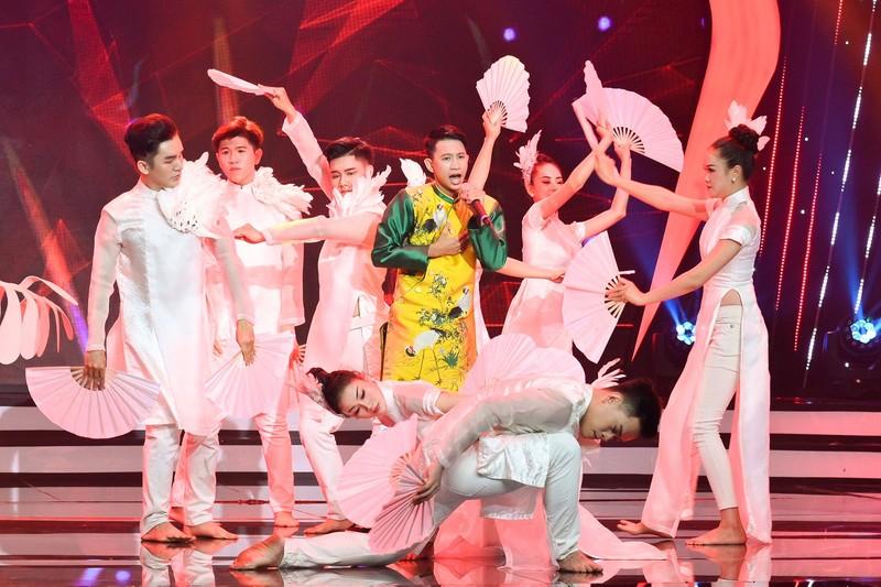Võ Hạ Trâm bất ngờ với cô bé Hà Mi táo bạo hát dân ca quan họ - ảnh 5
