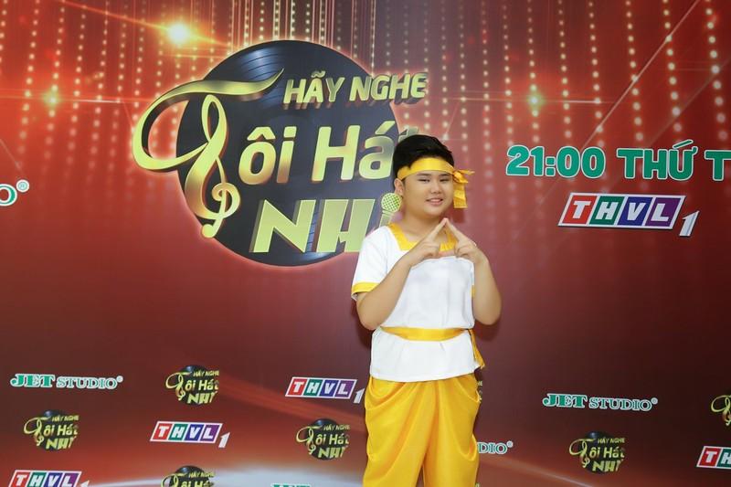 Cậu bé 14 tuổi sở hữu giọng hát 'đốn tim' Võ Hạ Trâm - ảnh 7