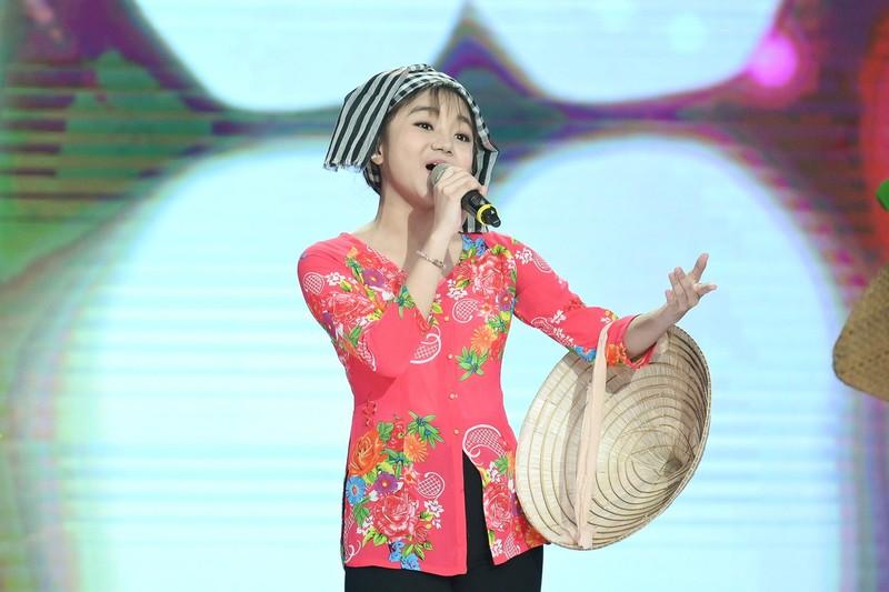 Cô bé Quỳnh Anh khiến Võ Hạ Trâm mê mệt vì nết diễn giống nhau - ảnh 3
