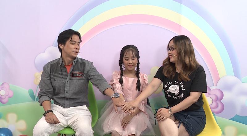 Hoàng Rapper ngạc nhiên khi cô bé 11 tuổi ngủ chung với bố mẹ - ảnh 2