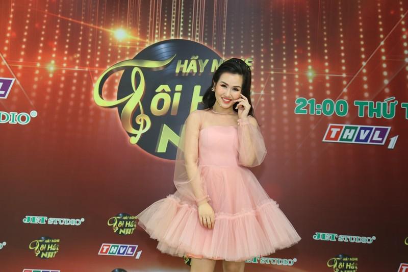Bé Hà Mi: Diễn viên nhí đa tài, yêu ca hát và còn học rất giỏi - ảnh 8