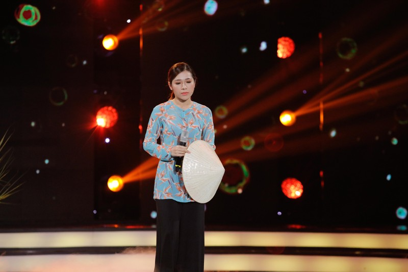 Thùy Trang nhớ nhà khi thấy Kiều Oanh hát Bông điên điển - ảnh 5
