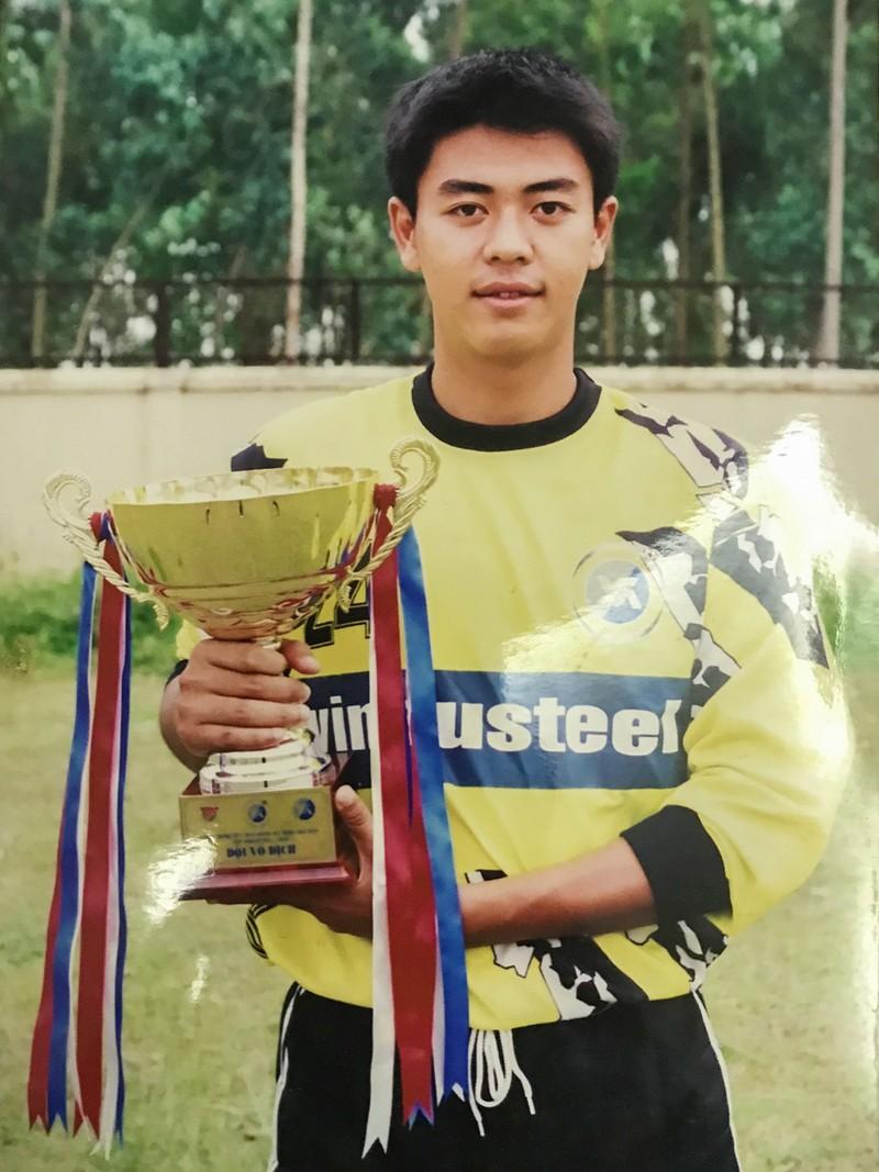 MC Tuấn Tú tiếc nuối vì không trở thành cầu thủ chuyên nghiệp - ảnh 1