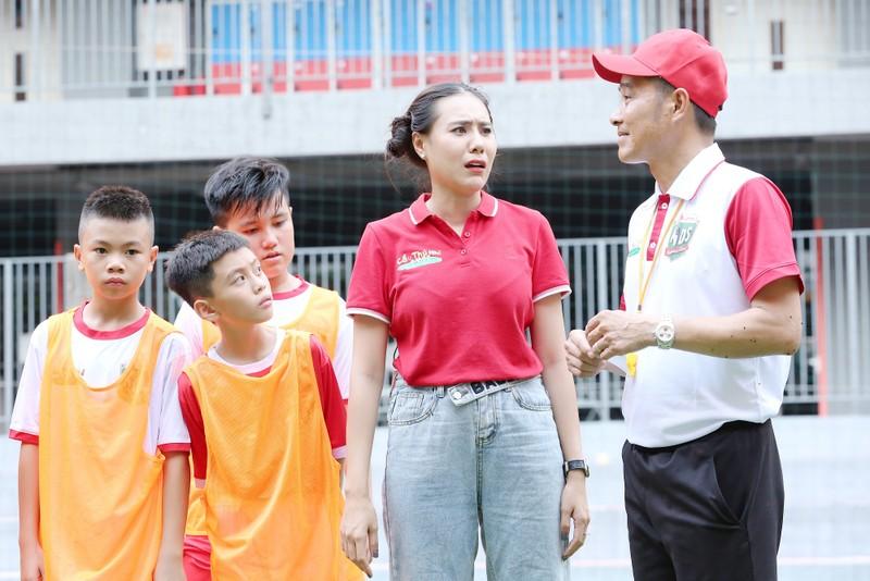 Thanh Thức 'đòi kiện' HLV Nguyễn Hồng Sơn?  - ảnh 2