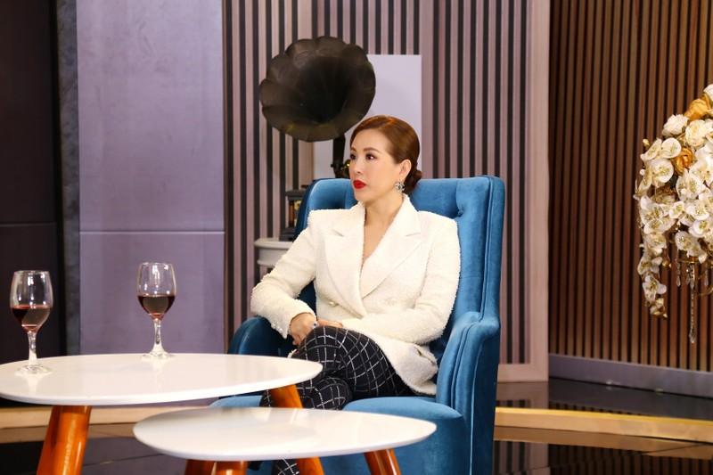 Hoa hậu Thu Hoài gây 'sốc' khi kiếm gần 10 tỷ mỗi tháng? - ảnh 2