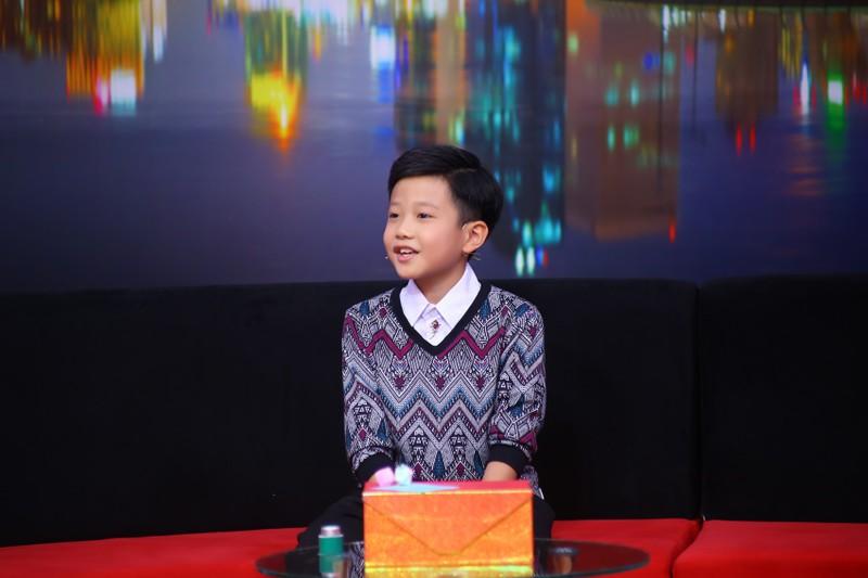 Khán giả xúc động với cậu bé 11 tuổi dành tình yêu cho ba mẹ - ảnh 1