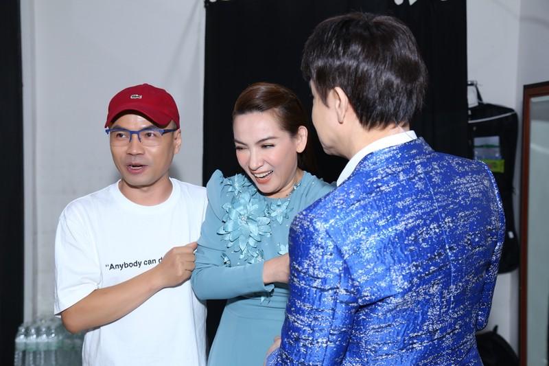 Sau sự cố 'mất giọng', Phi Nhung hào hứng ngồi ghế giám khảo - ảnh 3
