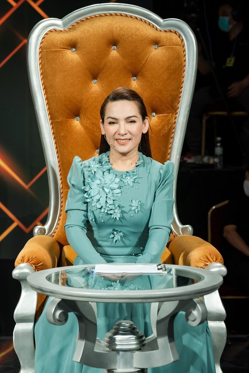 Sau sự cố 'mất giọng', Phi Nhung hào hứng ngồi ghế giám khảo - ảnh 1