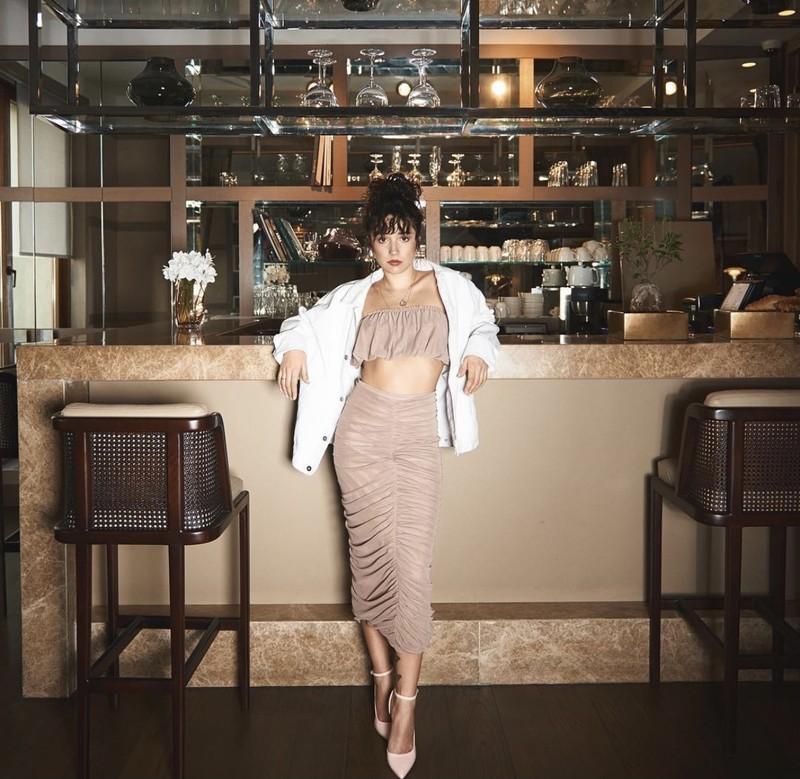 Mê mẩn với nhan sắc và phong cách của nữ phụ phim 'Trái cấm' - ảnh 5