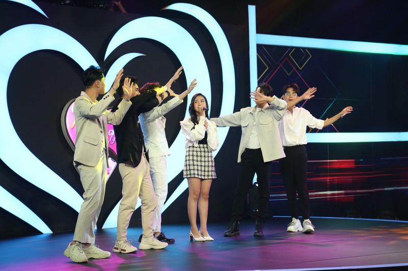 Nữ chính Diễm Trinh đốn tim 5 soái ca với giọng hát ngọt lịm  - ảnh 4