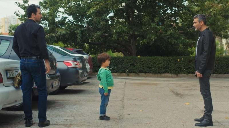 Cuộc gặp gỡ đầu tiên của cậu bé Doruk và bố ruột Sarp - ảnh 2