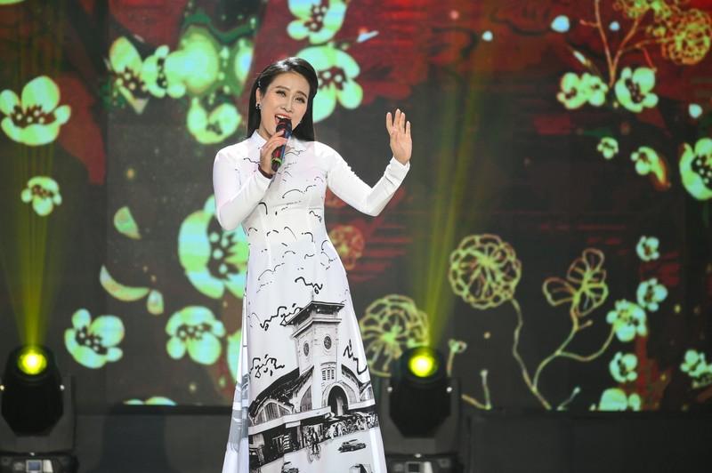 Thúy Huyền hát ca khúc đặc biệt viết về Huế của nhạc sĩ Vũ Thành An - ảnh 3