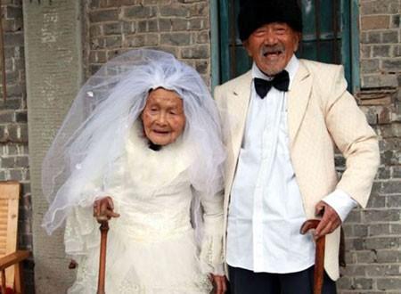 Cụ bà 71 tuổi muốn xác nhận độc thân để lấy chồng  - ảnh 1
