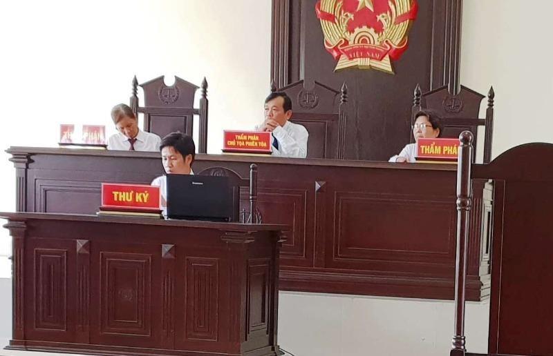 Áp quy định lạc hậu xử phạt, ủy ban thua kiện tiểu thương  - ảnh 2