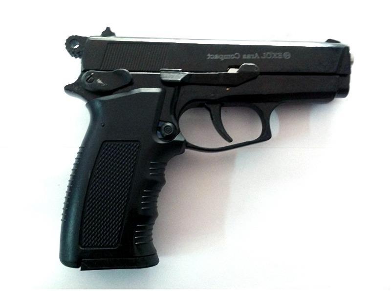 1 thanh niên đi đòi nợ bằng súng ở Gia Lai - ảnh 1