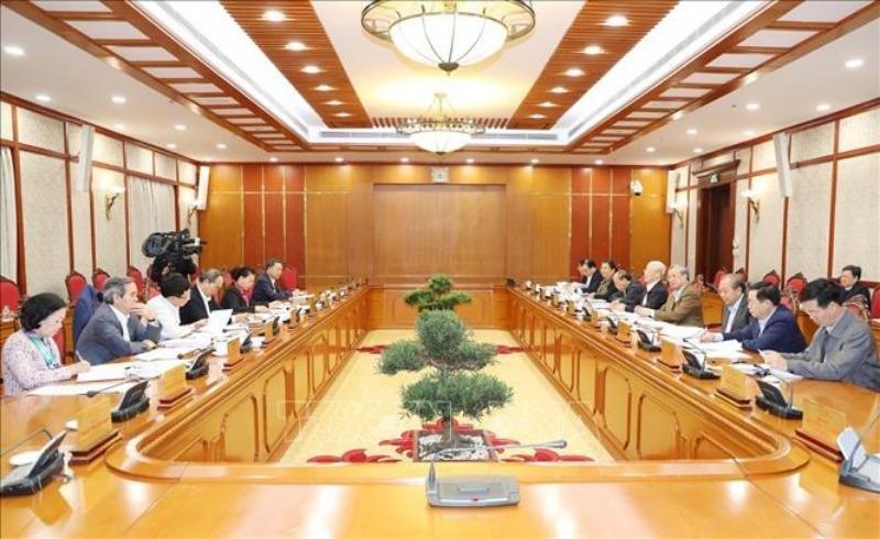 Bộ Chính trị quyết định một số nhân sự thuộc quản lý - ảnh 1