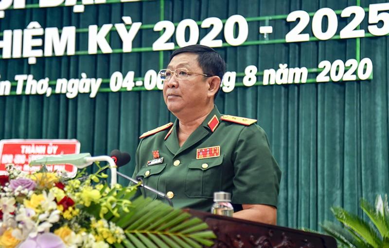 Tướng Huỳnh Chiến Thắng tái đắc cử Bí thư Đảng ủy Quân khu 9 - ảnh 1