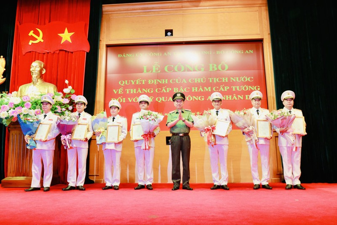 Giám đốc Công an TP.HCM được thăng hàm Thiếu tướng - ảnh 2