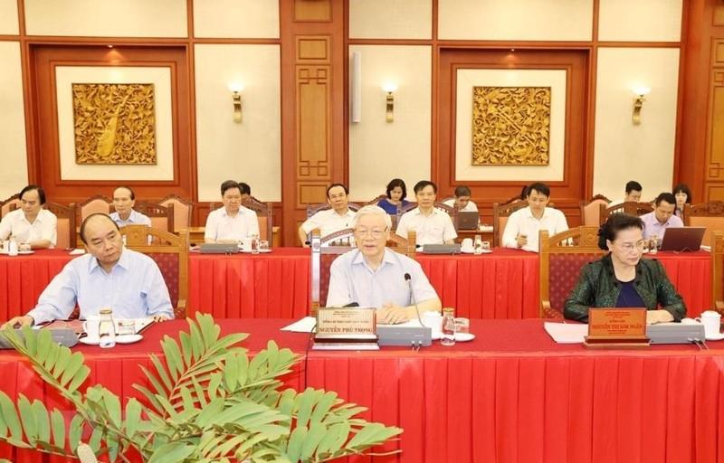 Bộ Chính trị làm việc với 20 Đảng bộ trực thuộc Trung ương - ảnh 1