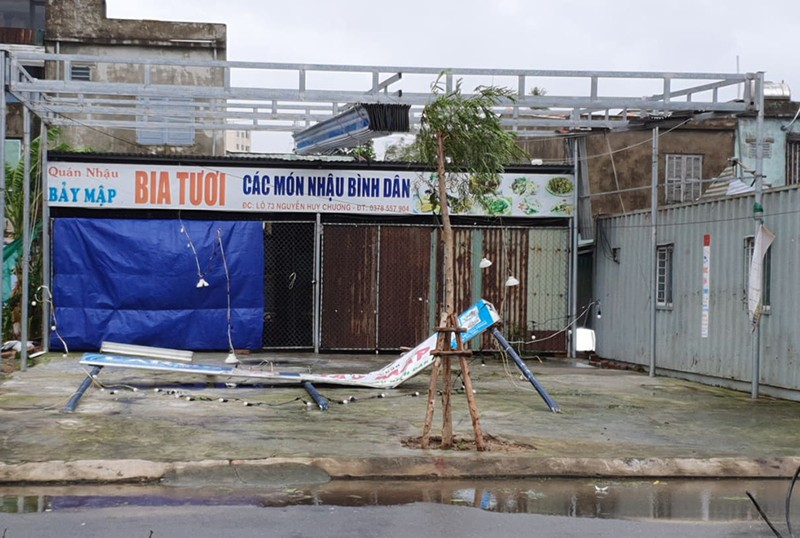 Bão số 9 tiếp tục quần thảo ở TP Đà Nẵng,Thừa Thiên- Huế  - ảnh 5