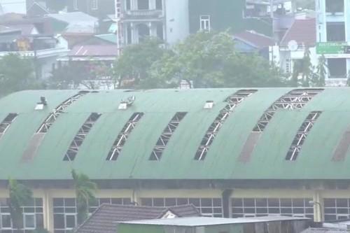 Bão số 9 tiếp tục quần thảo ở TP Đà Nẵng,Thừa Thiên- Huế  - ảnh 8