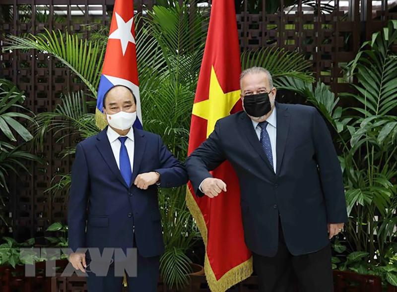 Chủ tịch nước Nguyễn Xuân Phúc hội kiến Thủ tướng Cuba - ảnh 1