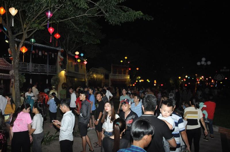 Khách du lịch 'check in' Đồng Tháp tăng đột biến - ảnh 1