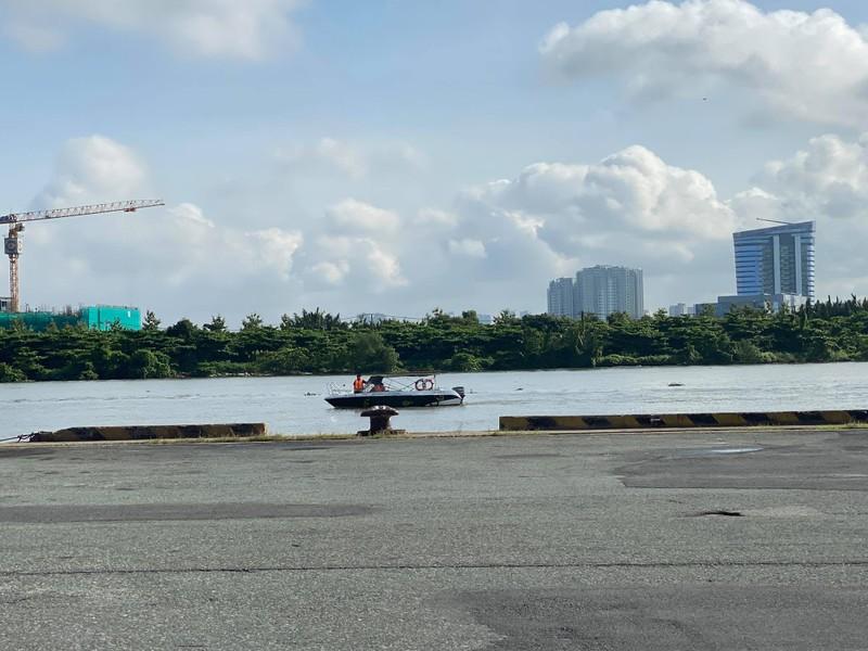 Nóng: Đoàn tàu metro số 1 vừa cập cảng Khánh Hội - ảnh 2