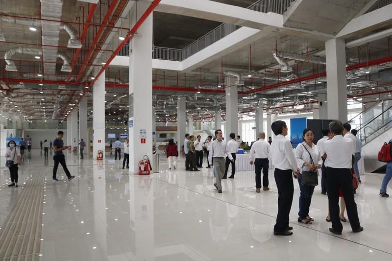 Bến xe Miền Đông mới sang trọng, hiện đại như cảng hàng không - ảnh 9