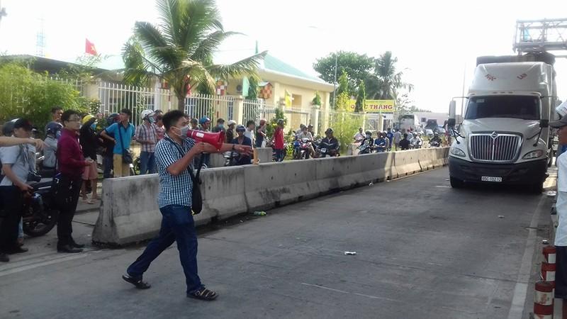 Nóng: Chủ tịch TP Cần Thơ trả lời báo chí về BOT - ảnh 2