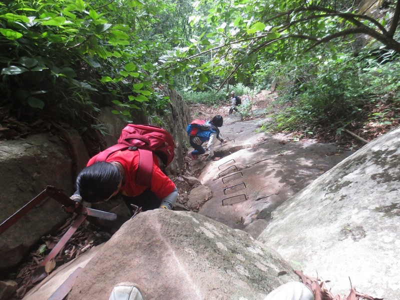 Nhung cung duong trekking dep nhung nguy hiem tai Viet Nam hinh anh 10
