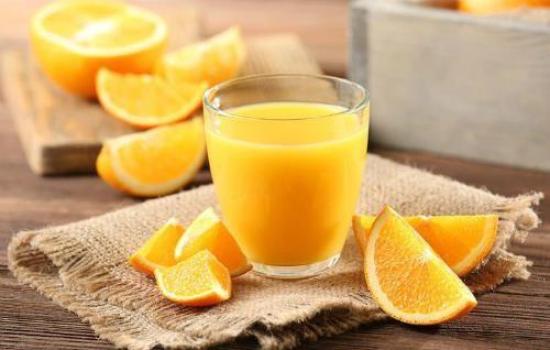 Liên quan bất ngờ giữa nước cam và bệnh đột quỵ - ảnh 1
