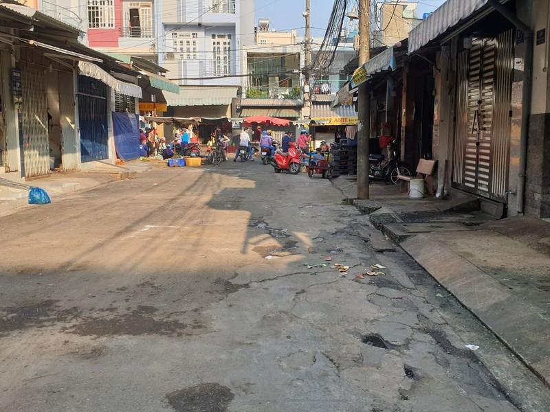 Nhiều điểm bán thức ăn đường phố cũng nghỉ vì COVID-19 - ảnh 3