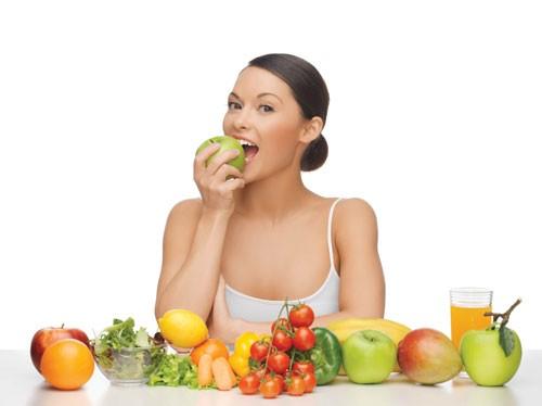 Cách ăn uống để giữ sức khỏe trong mùa dịch - ảnh 1