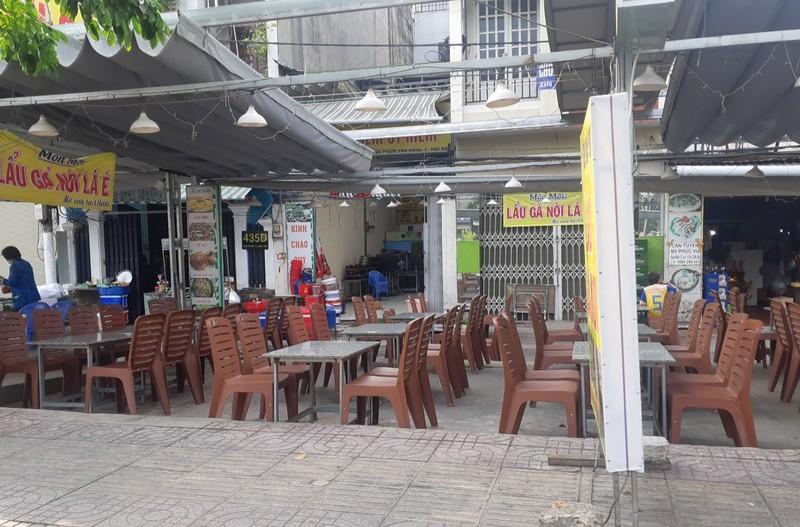 Hết giãn cách xã hội, nhiều quán ăn vẫn vắng khách - ảnh 5