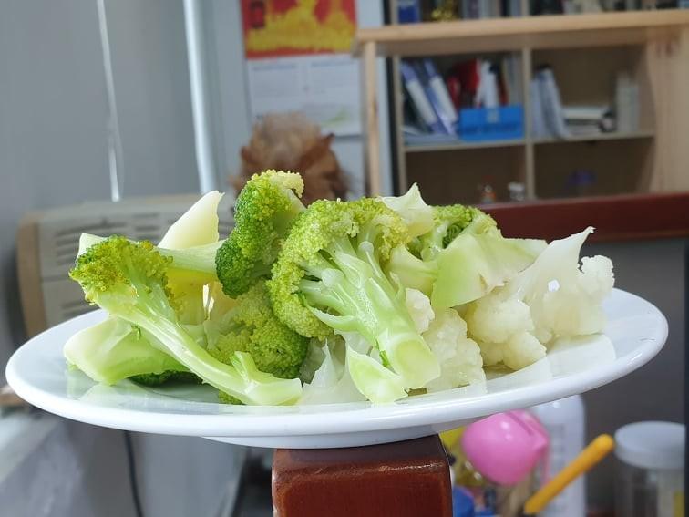 Những thực phẩm có thể giúp thoát khỏi những cơn đau đầu - ảnh 1