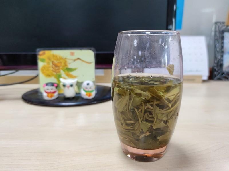 Trà xanh và hạt cà phê xanh: Loại nào giúp giảm cân tốt hơn? - ảnh 1
