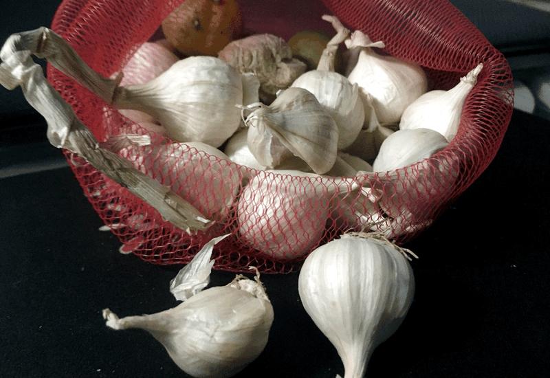 Những thực phẩm dễ tìm giúp giảm cholesterol - ảnh 1