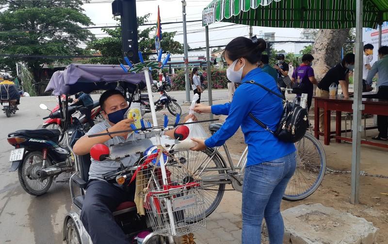 Thêm cây ATM gạo ở Vĩnh Lộc B hoạt động - ảnh 5