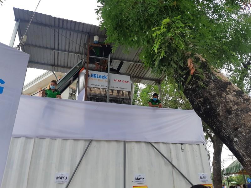 Thêm cây ATM gạo ở Vĩnh Lộc B hoạt động - ảnh 1