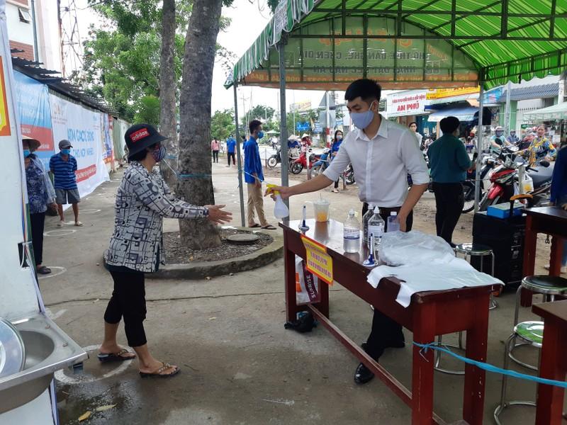 Thêm cây ATM gạo ở Vĩnh Lộc B hoạt động - ảnh 2