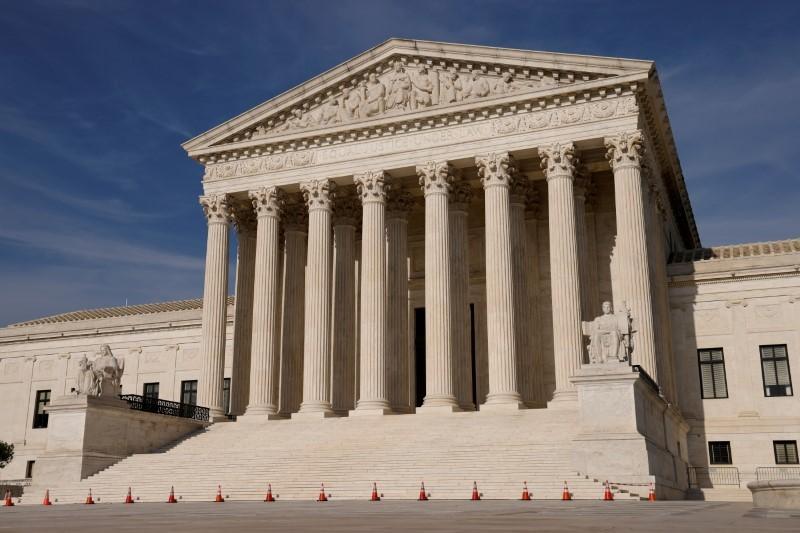 Tòa án tối cao Mỹ bác đơn kiện của đảng Cộng hòa nhằm loại bỏ luật Obamacare - ảnh 1