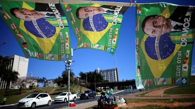 YouTube gỡ video trên kênh Tổng thống Brazil vì thông tin sai về COVID-19 - ảnh 1