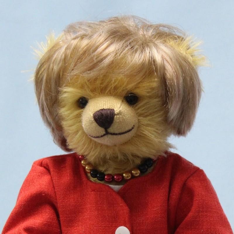 Công ty đồ chơi Đức sản xuất gấu bông dành riêng cho Thủ tướng Merkel - ảnh 1